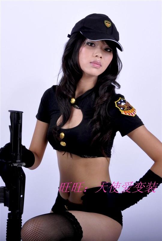 porno-s-politseyskimi-devushkami-krasivimi