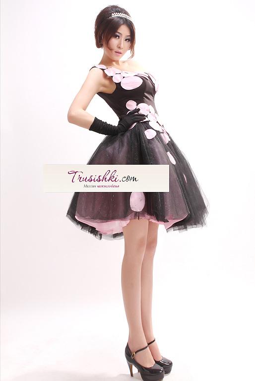 Короткие юбки и платья доставка