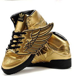 Оригинальная спортивная обувь по низким ценам.  Огромный выбор новейших...